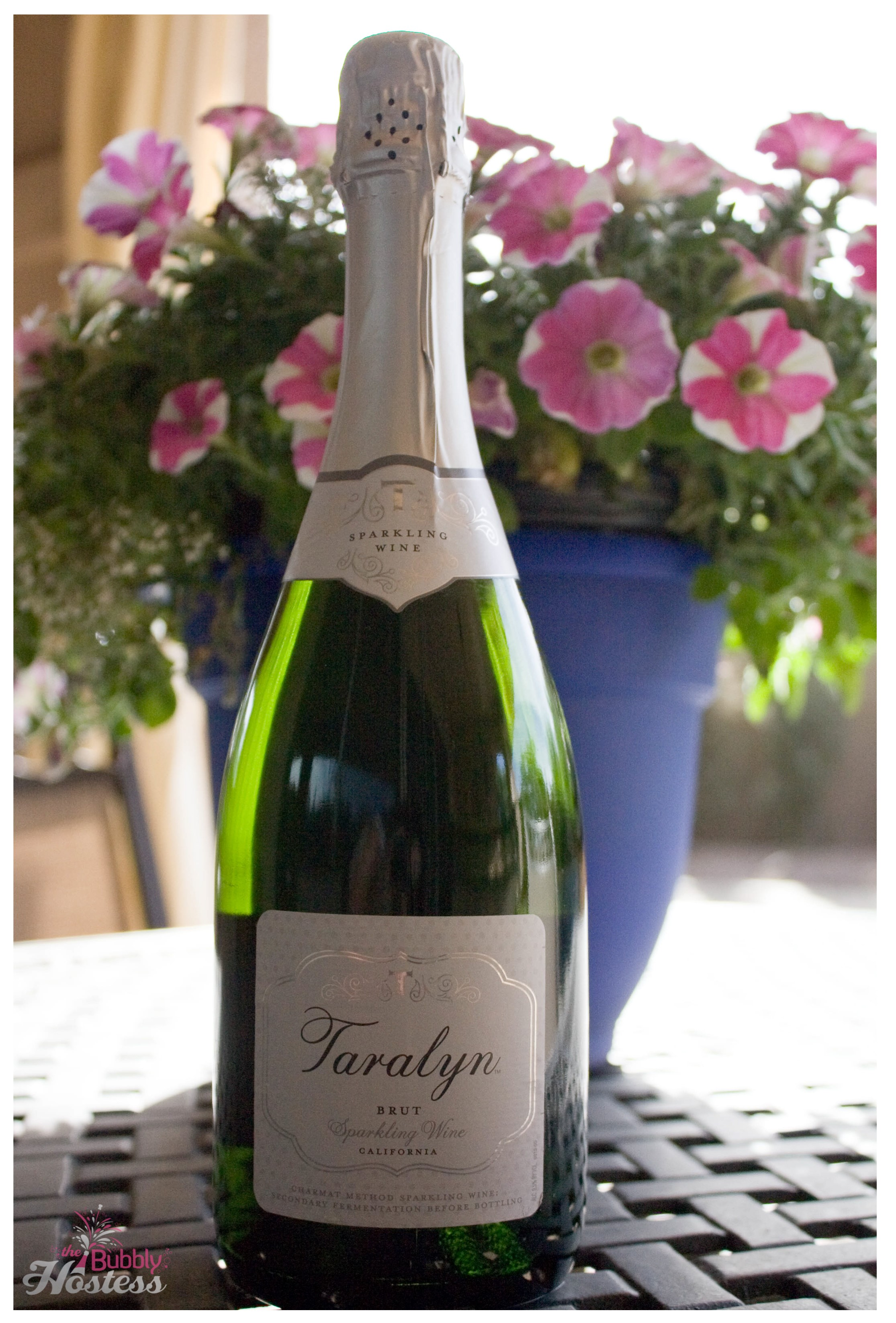 Taralyn Brut Sparkling Wine | The Bubbly Hostess