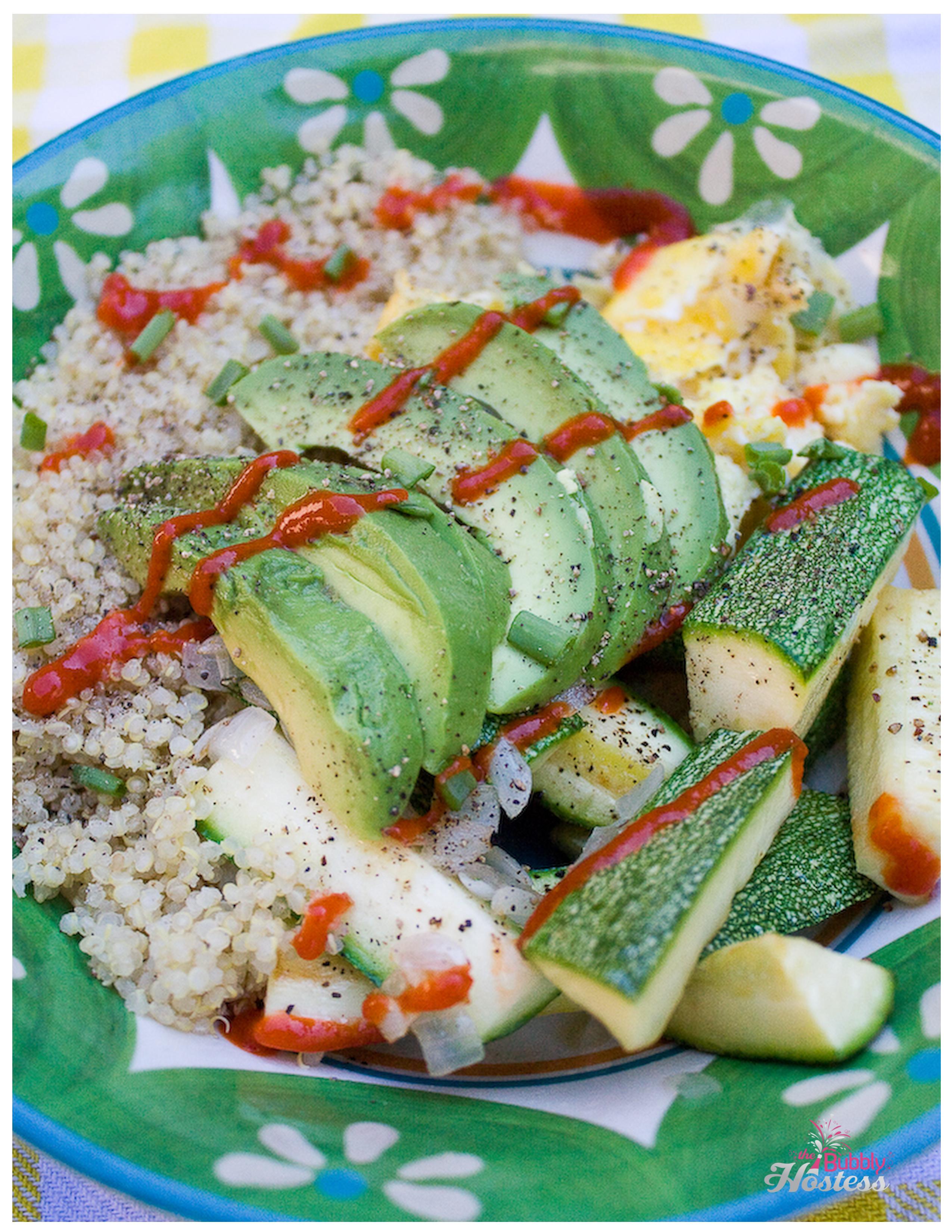 Quinoa Breakfast Bowl | The Bubbly Hostes