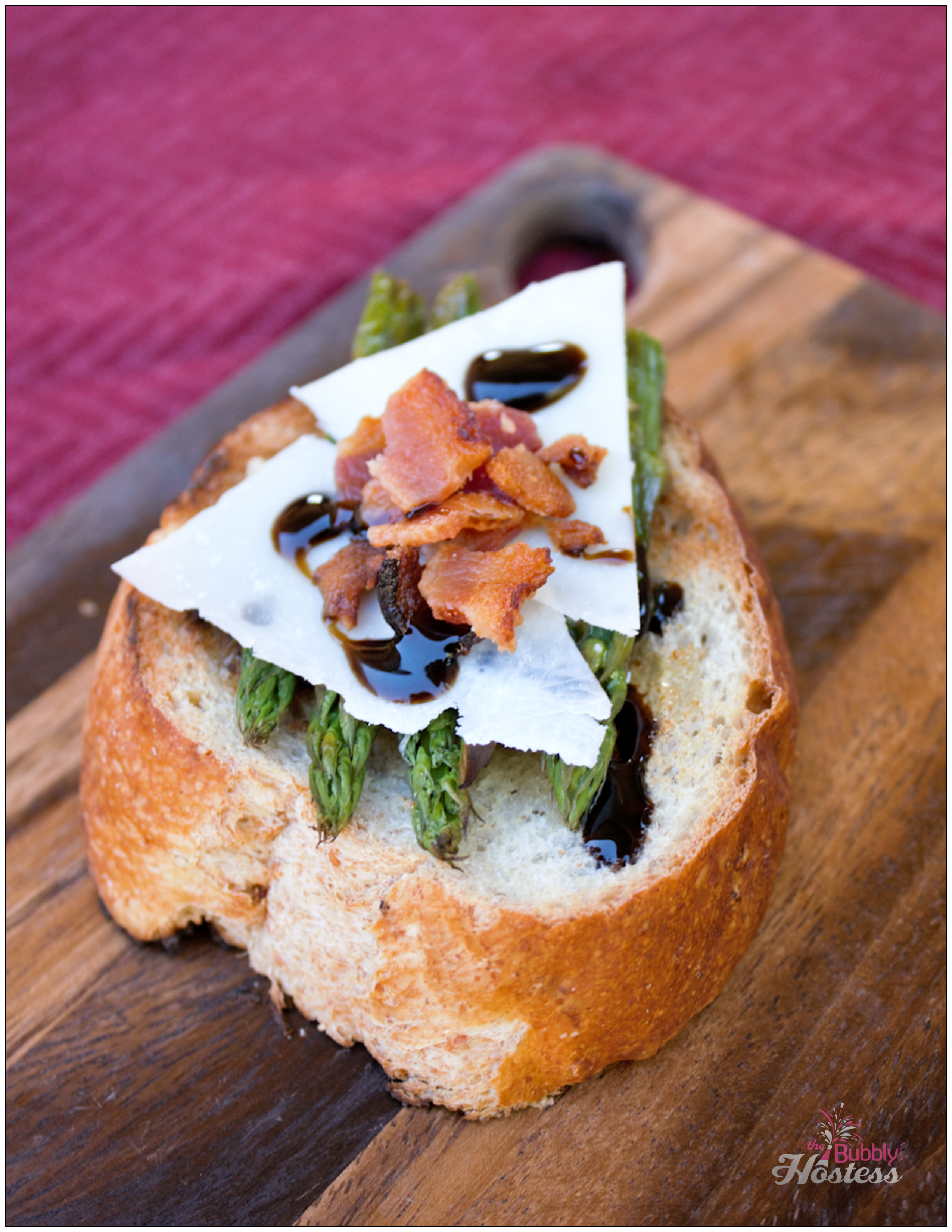 Roasted Asparagus Bruschetta with Parmesan and Bacon | The Bubbly Hostess